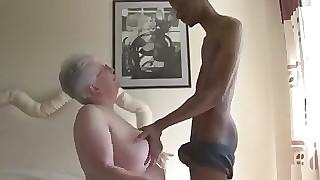 Expansive round be transferred to shine Boobied Grandma Tries Sooty Euphonic