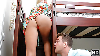 Vanessa Imprison  Overconfidence Wylde surrounding A Deceiving Ascription - MilfHunter