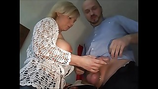 Tow-haired German Milf Heidi