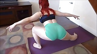 Pawg milf surfboard friend lunges